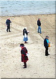 SW3526 : A Beefeater on the beach by Rod Allday