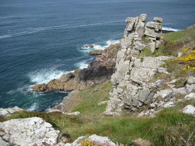 Crags above Porthmeor Cliff
