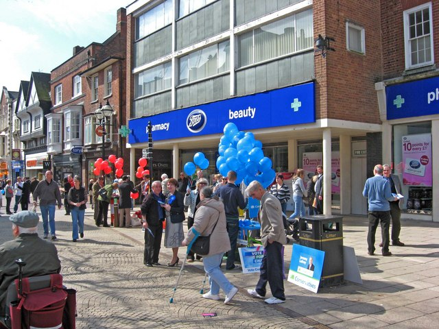 General Election May 2010 - Conservative & Labour stalls, Market Square