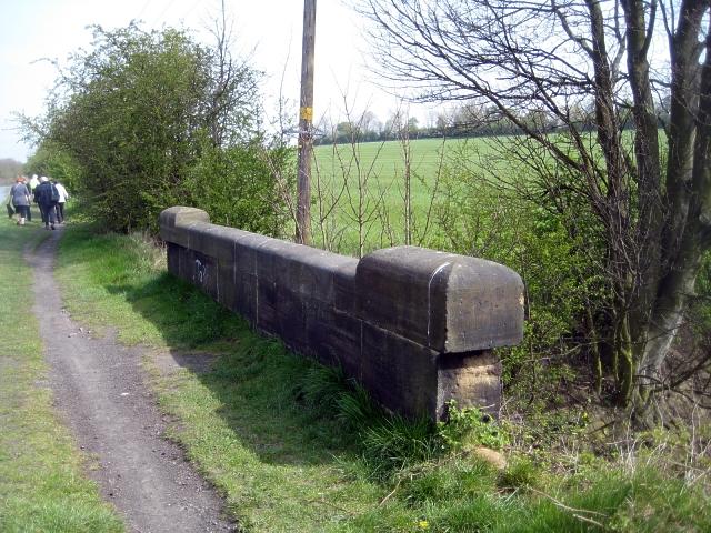 Bridge parapet