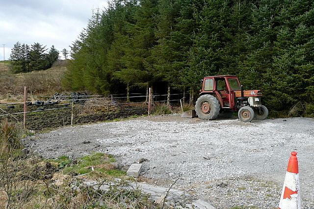 Tractor at Reanagishagh