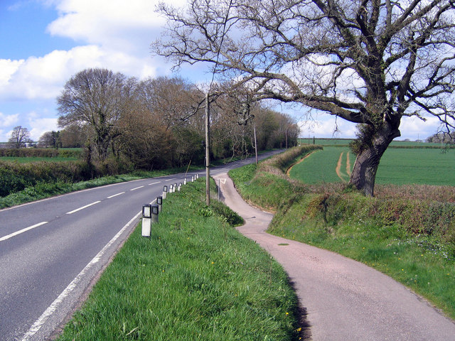 Turning to Cannington Viaduct from the A3052
