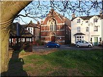 SP2872 : United Reformed Church, Abbey Hill, Kenilworth by John Brightley