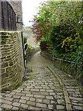 SE0726 : Footpath between Wheatley Road and City Lane by Alexander P Kapp