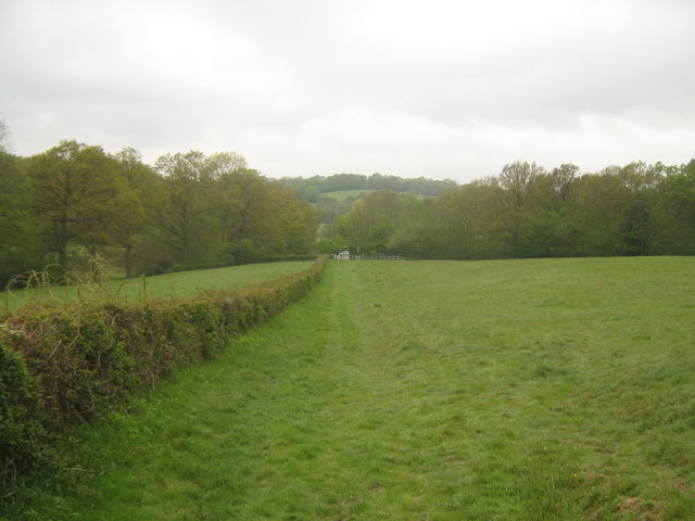The High Weald Landscape Trail leads towards Stream Farm