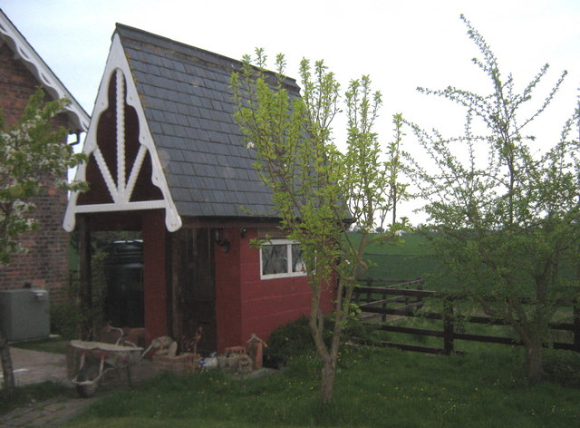 Garden shed South Lodges near Middleton Tyas