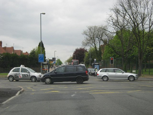 Howard Road / Alcester Road South junction