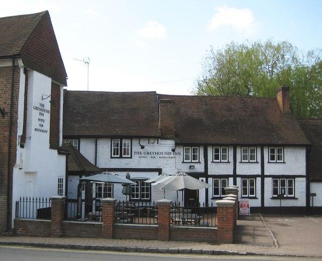Chalfont St Peter: The Greyhound Inn