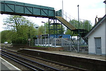 TR2548 : Shepherdswell Station by Steve