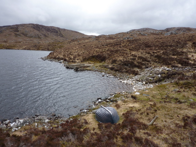Upturned boat and ruined boathouse, Loch Aradaidh