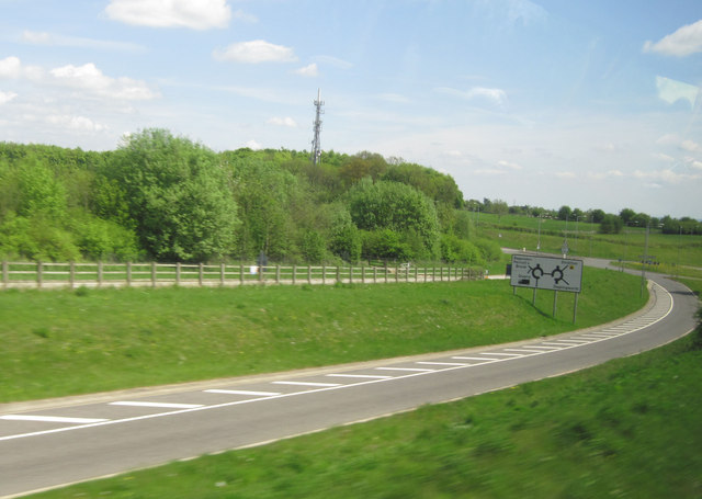 Exit from A417 for Daglingworth southbound