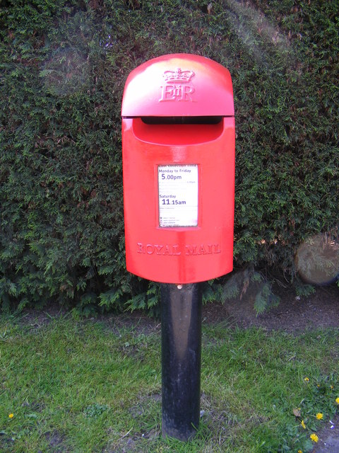 Crossways/Burnthouse Lane Postbox