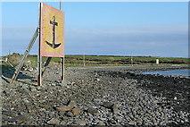R0950 : Warnings at Kilkerin Point by Graham Horn