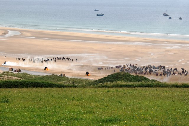 Filming the battle scene for Robin Hood on Freshwater West