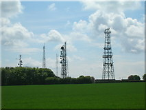SE9532 : Communications masts, Cave Wold by JThomas