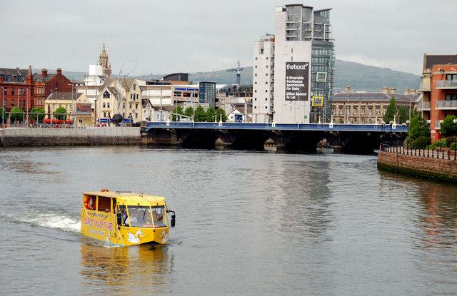Amphibious bus, Belfast (11)
