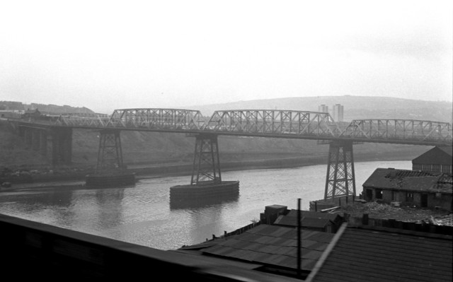The second Redheugh Road Bridge