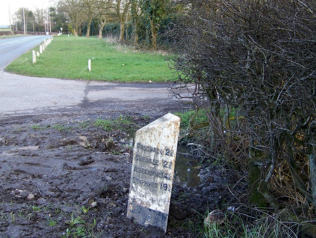 A52 and milepost, Above Park