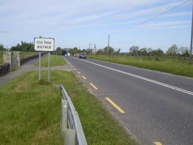 Approaching Kiltale, Co Meath