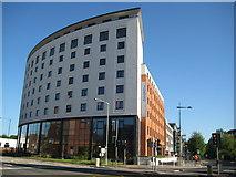 TQ1096 : Watford: Jurys Inn by Nigel Cox