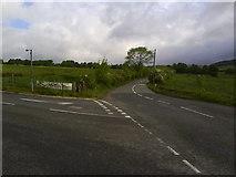 SK0395 : Woodhead Road/Cemetery Road, Glossop by Benjamin Hopkins
