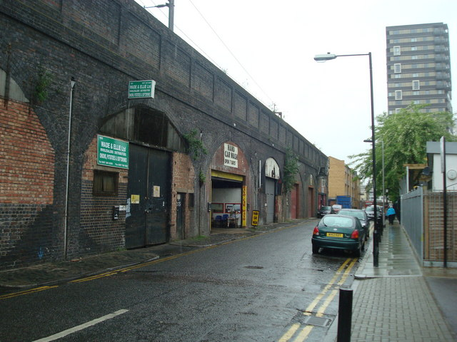 Martha Street, London E1