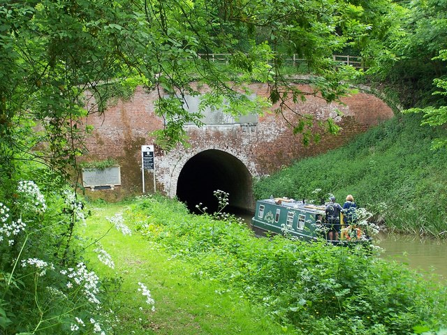 Eastern Portal of Bruce Tunnel: a study in green