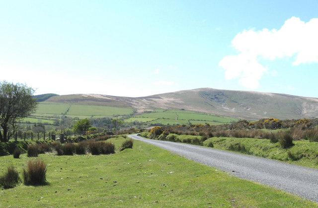 Looking West towards Foel Cwmcerwyn
