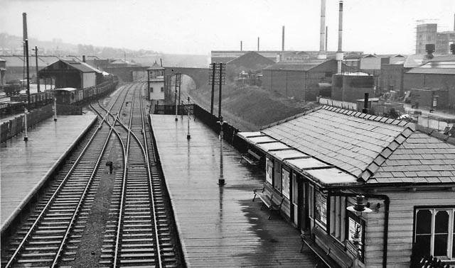 Bredbury Station
