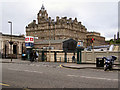 NT2573 : Waverley Bridge Entrance to Waverley Station by David Dixon