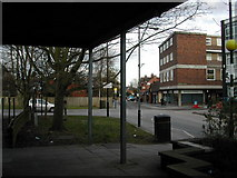 SP2871 : Station Road, Kenilworth, seen from the entrance to the former Budgens store by John Brightley