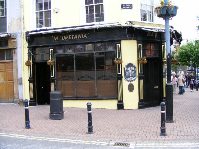 Mauretania Bar (2), Casement Square, Cobh