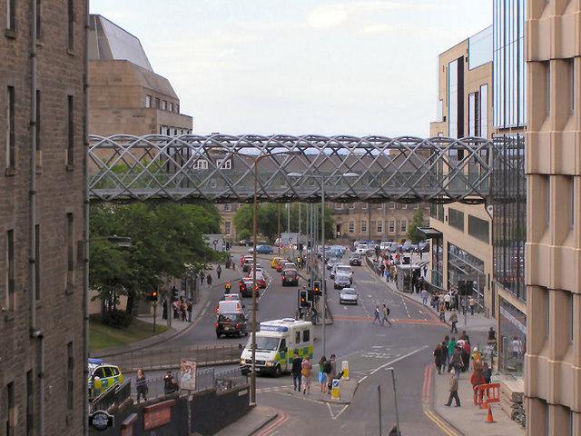 Walkway over Leith Street