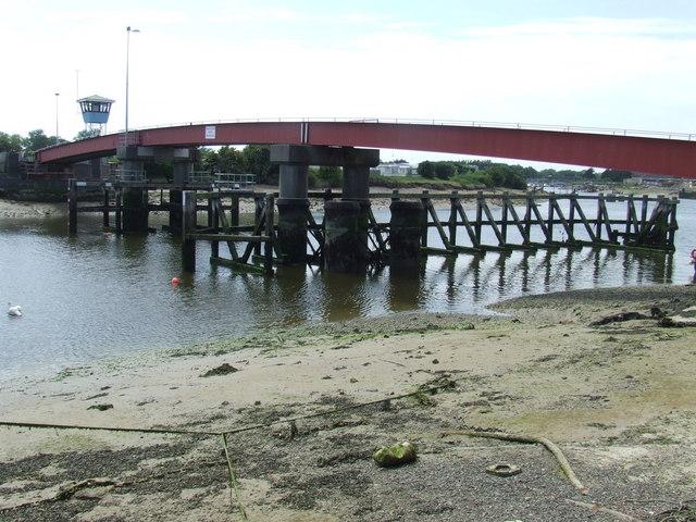 Retracting bridge, Littlehampton