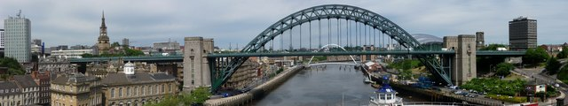 Tyne Bridge (Panoramic view)