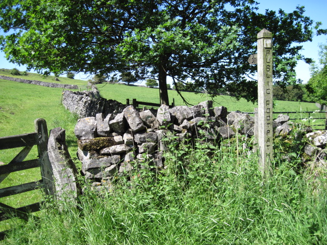Footpath near Woodhouses