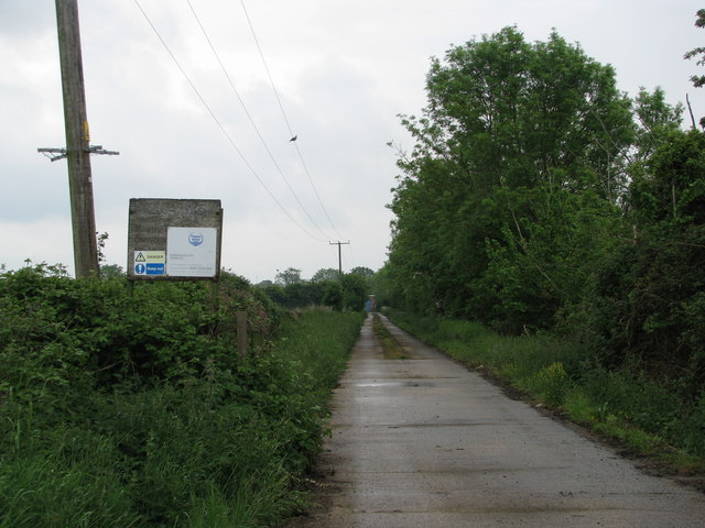 Waterboard access road near Worminghall
