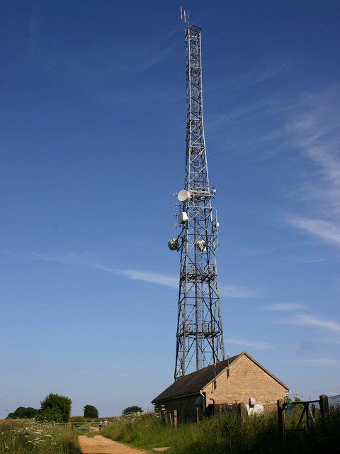 Ilmington East telecommunications tower