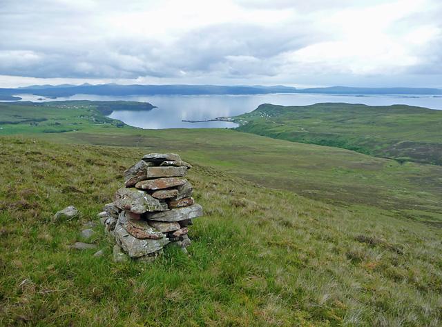 Cairn on the western slope of Beinn Gorm