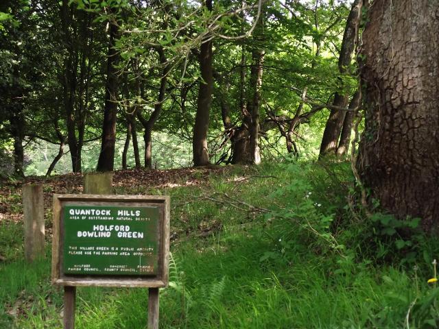 Holford Bowling Green sign