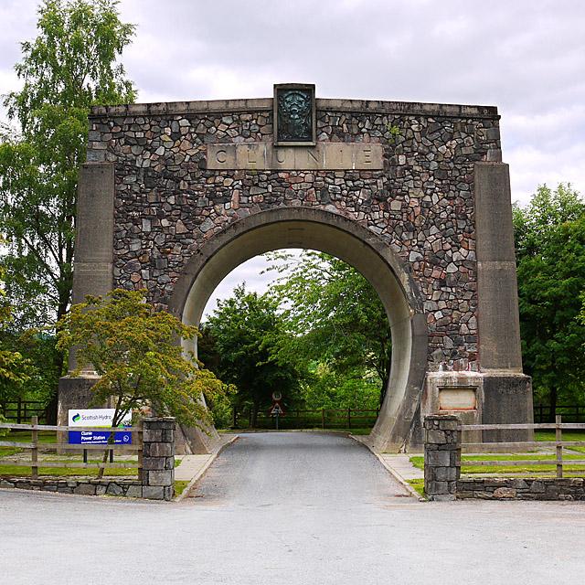 Clunie Arch