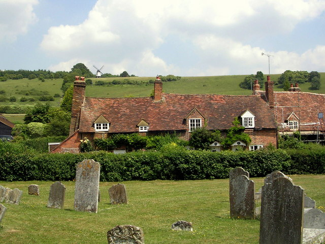 Turville churchyard and cottages