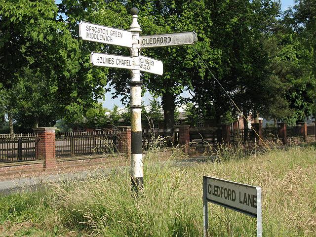 Old signpost on Jones's Lane