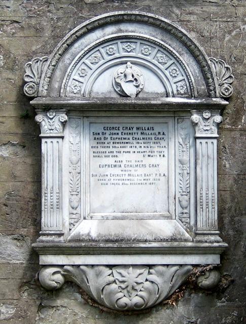 Effie Gray's memorial
