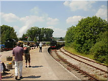 SO6302 : Two trains, Lydney Junction station by Jaggery