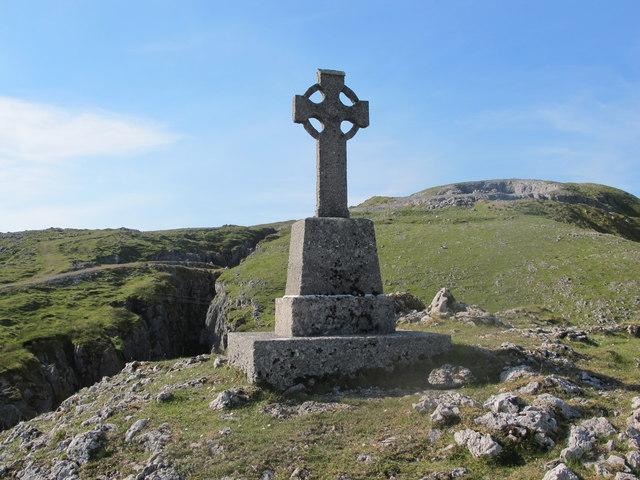Sligo: Benbulben, Marian Year Cross At Glencarbury