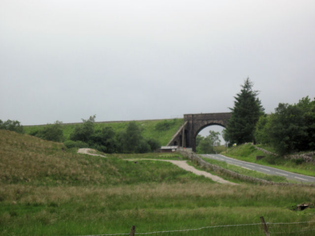 Railway bridge over A684 near Moorcock