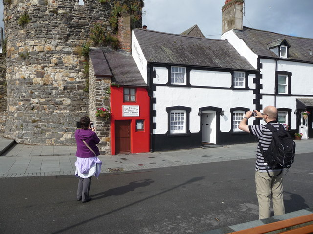 The smallest house in Great Britain, Conwy quayside
