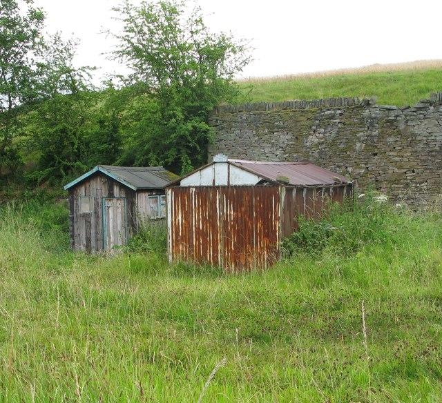 Old Garage and shed off Deanbrook Road