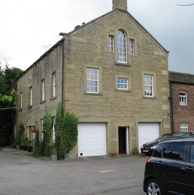 6, Field End Lane